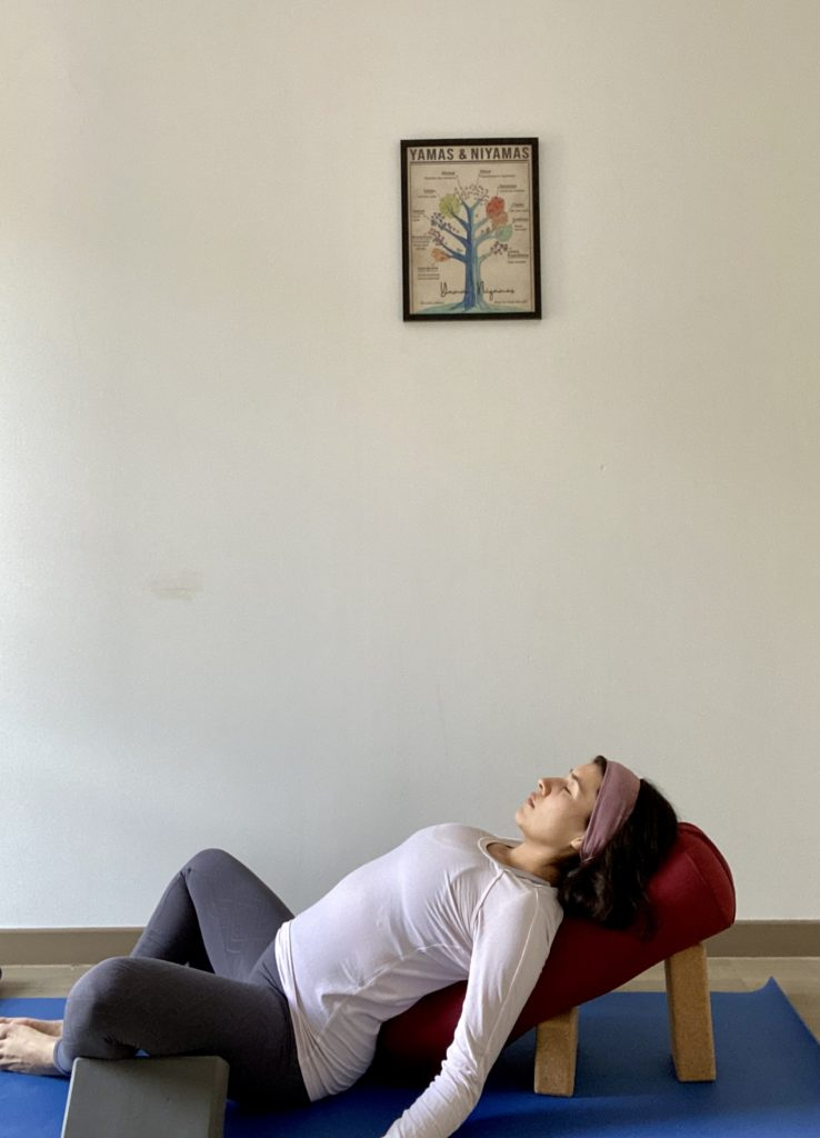 Yin Yoga - Mouna Yoga